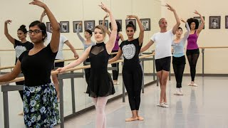 In Studio in Toronto teaches ballet classes at the National Ballet of Canada