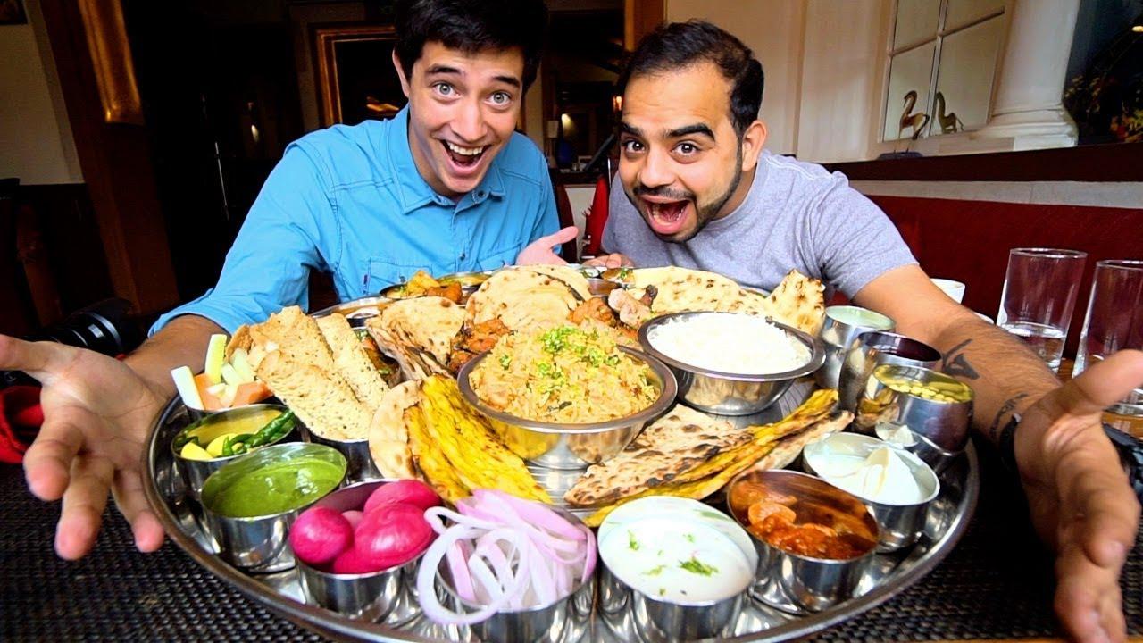 travelers eating food