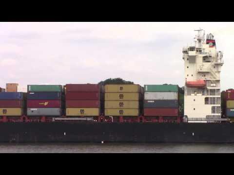 Container Ship SCI MUMBAI departing Hamburg, Germany on Elbe River (June 17, 2015)