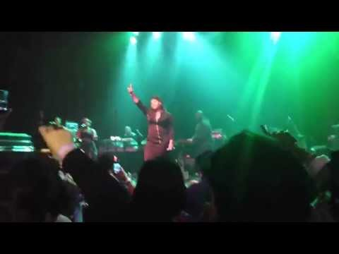 "Jazmine Sullivan ""Holding You Down""/""Killing Me Softly"" Live at Gramercy Theatre NYC"