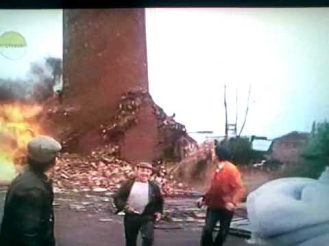 Fred Dibnah Chimney Drop Gone Wrong