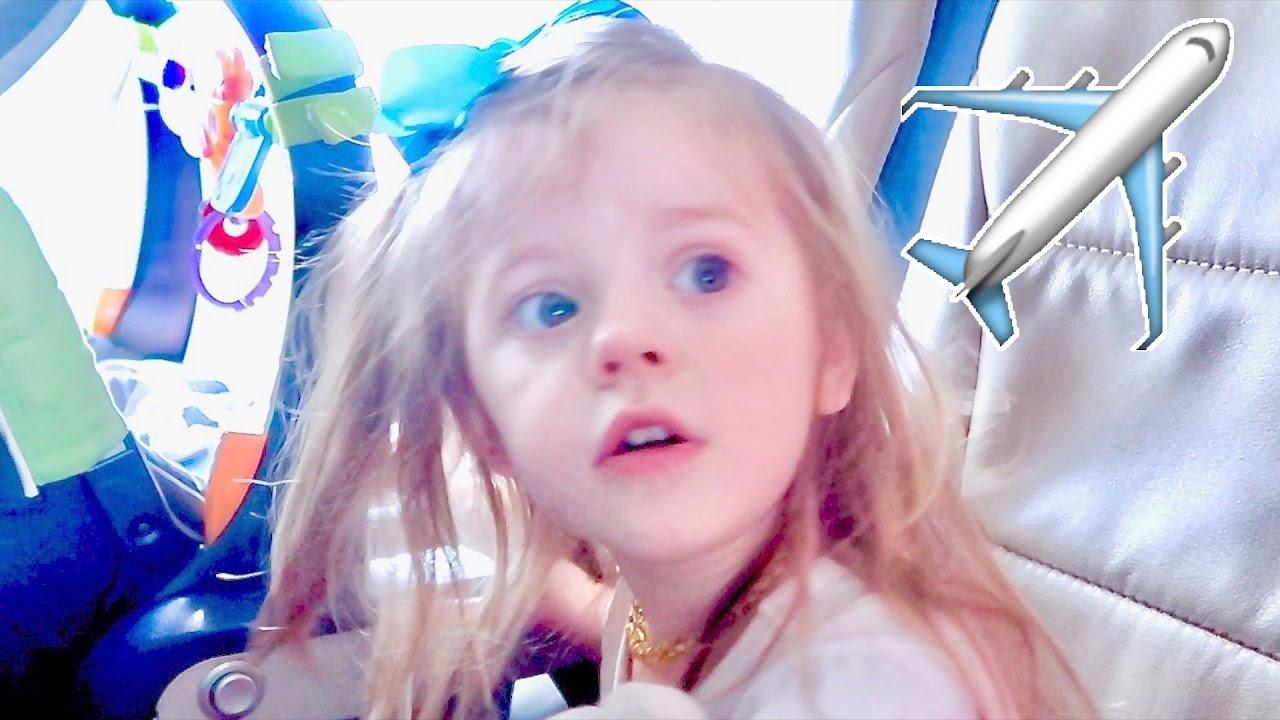 toddler-airplane-takeoff-reaction