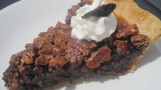 Kentucky Derby Day Bourbon Chocolate Pecan Pie - How To Make Bourbon Chocolate Pecan Pie Recipe