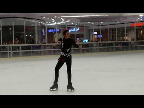 Joel Minas performing Eros (from Yuri on Ice)