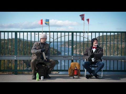 باعد بينهما الوباء وقرّبهما جسر يربط السويد بالنرويج..لكن دون أيّ لقاء مباشر بين توأمين سويديين…  - نشر قبل 4 ساعة