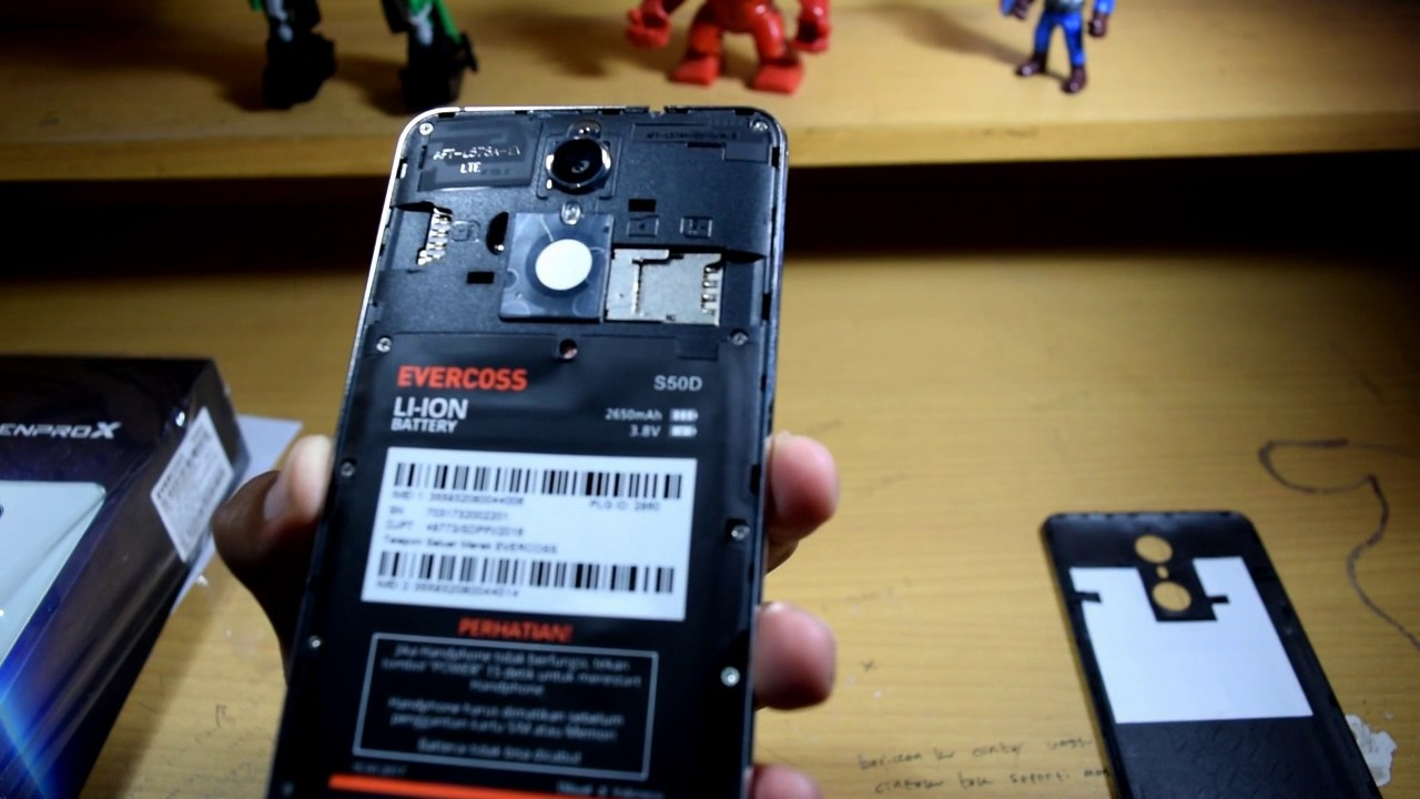 Unboxing Evercoss Genpro X
