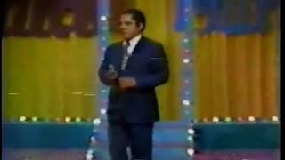 1 de 21 / Video en vivo de Julio Jaramillo cantando Piedad. Ecuador año 1977