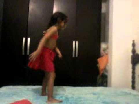 mini dançarina leticia