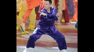 2016 Newest HD: Donnie Yen LIVE Peformance Chinese New Year Gala 甄子丹 春晚 (Most watched Chinese event)