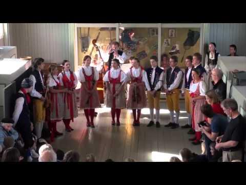 Osminka - Iceland folk festival