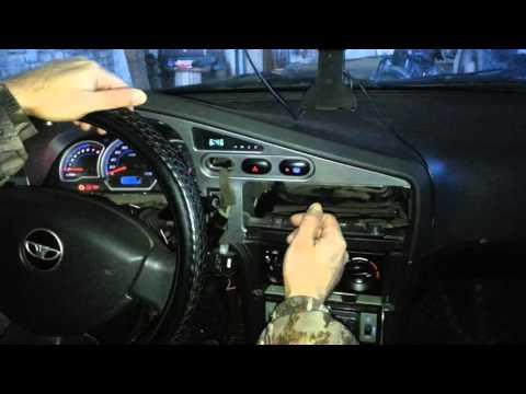 Одна кнопка, две нагрузки в автомобиле
