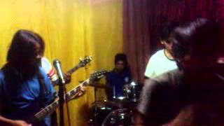Umaga By Salamin(cover By Skypiea Band)