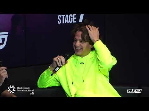 Charlie Puth Interview with Race Taylor LIVE from HMH Stage 17!