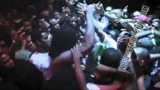 Waka Flocka Stage Dives In Crowd While Performing Hard In The Paint & Crowd Drops Him!