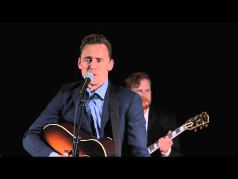 Tom Hiddleston singing Why Don't You Love Me