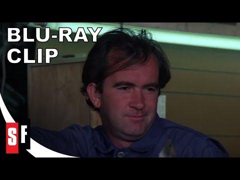Scorchy (1976) - Clip 1: Carl Gets Burned (HD)