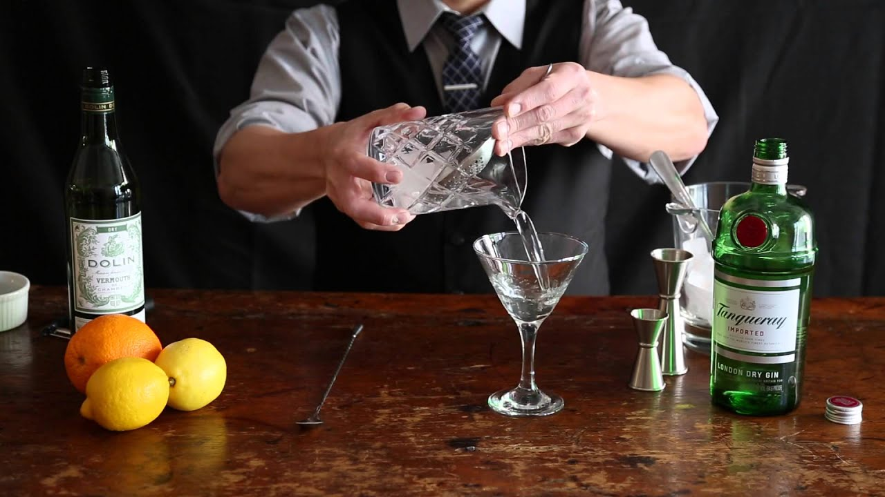 How to Make a Gin Martini