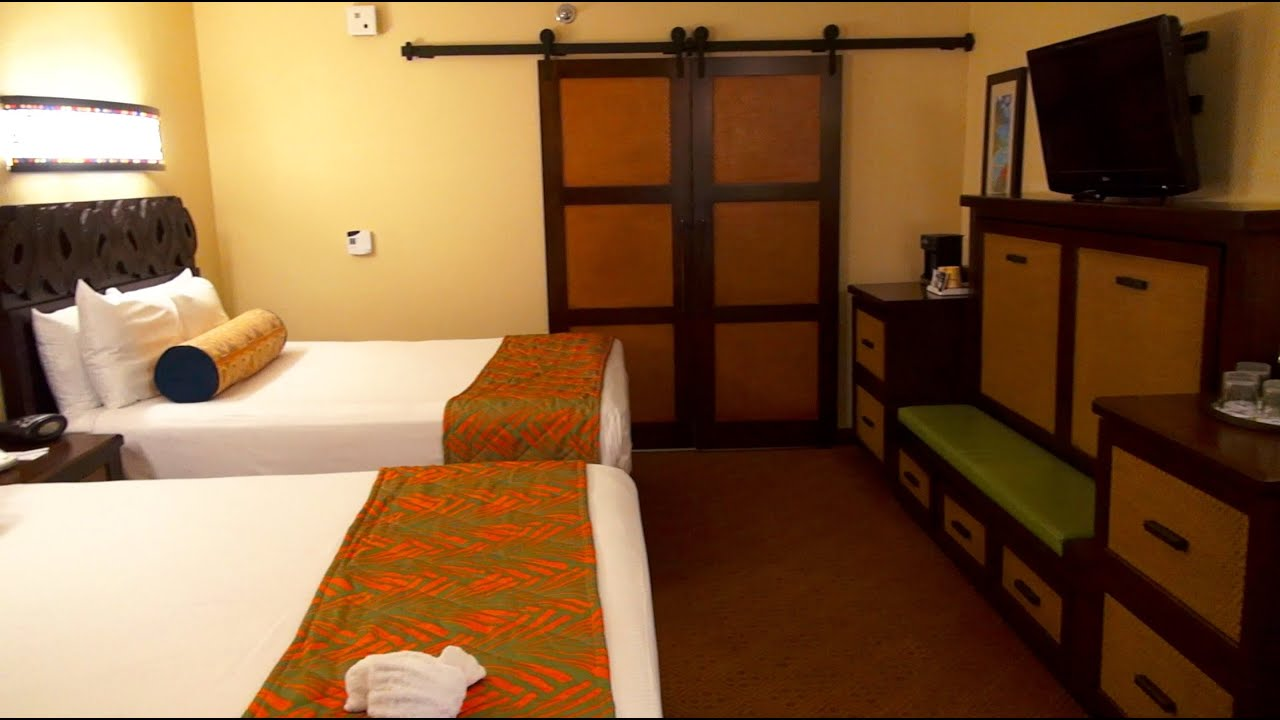 Disney S Caribbean Beach Resort 2017 Standard Room Tour Walt World You