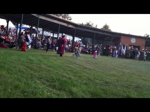2013 Honor the Earth Pow wow - Tiny dancer