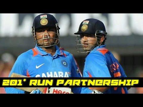 Virender Sehwag and Gautam Gambhir 201 Runs Partnership in ODI || India vs New Zealand
