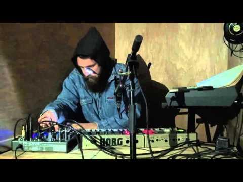 Παναγιώτης Μηνά [pan] (CY) - Live at Lefkosia Loop Festival 2015