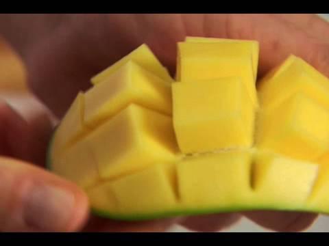 Cutting a mango youtube cutting a mango ccuart Gallery