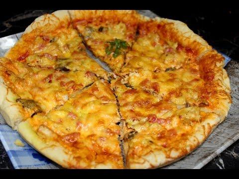Простая пицца с курицей и грибами