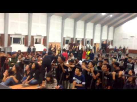 THREESIXTY SKATEPUNK - DEWI  LIVE AT UNIVERSITAS KANJURUHAN MALANG 1