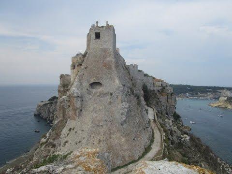 L'abbazia di S. Nicola (Tremiti): segreti e misteri