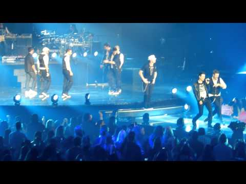 NKOTBSB Don't Turn Out The Lights Live from Vegas 7-3-2011