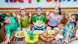 Kids Go To School | Birthday of Chuns Children Decorate To Buy Birthday Cake