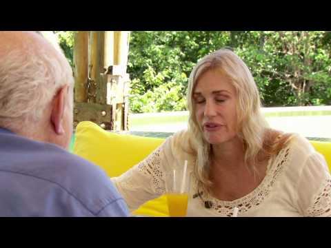 2013 SLOW LIFE Symposium - Geoffrey Lean Interviews Daryl Hannah