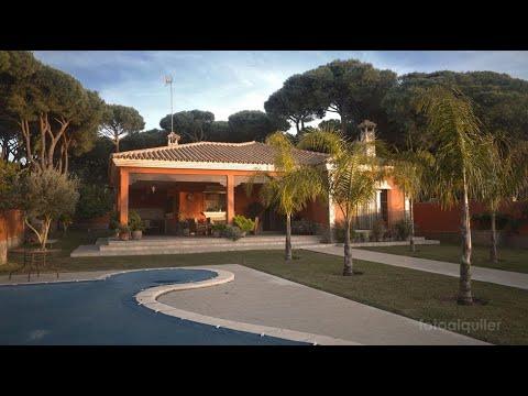 Alquiler chalet en chiclana jardin piscina con jacuzzi y for Piscinas chiclana