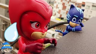 PJ Masks is back. Rescue the PJ Masks Catboy hanging from the cliff.