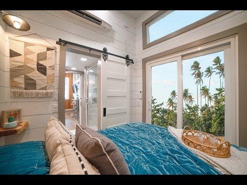 Super Impressive Tiny House With Master Bedroom