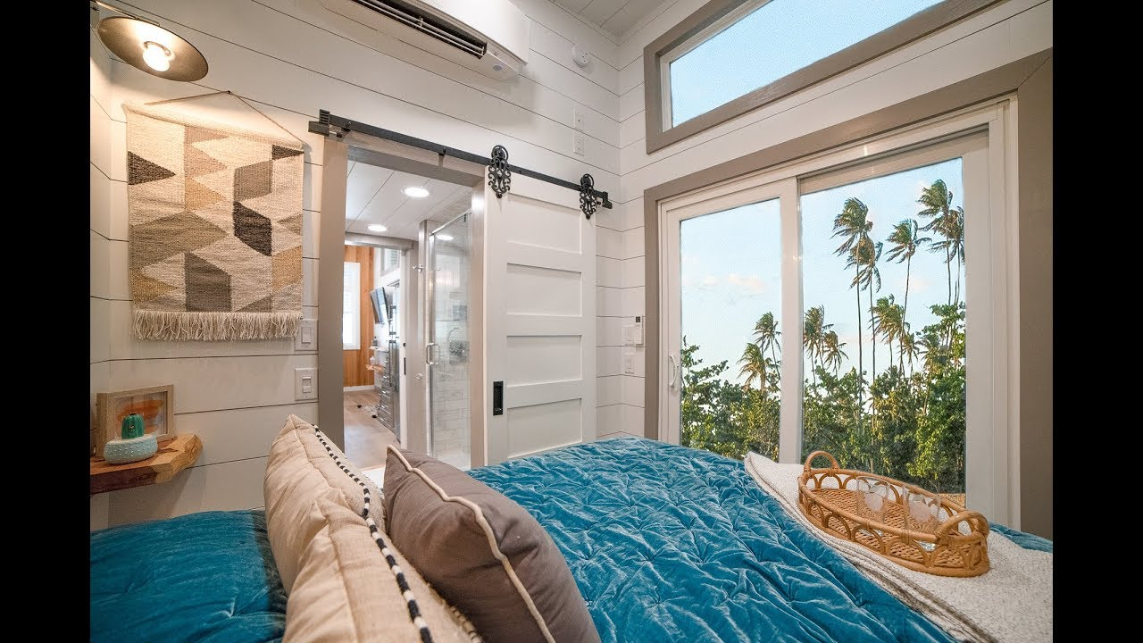 Super Impressive Tiny House With Master Bedroom Youtube