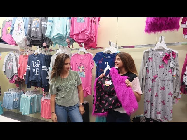 PICKING MY COUSIN SCHOOL  OUTFIT CHALLENGE /KKS WORLD
