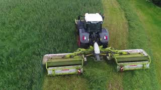 Fendt mowing with triple mowers