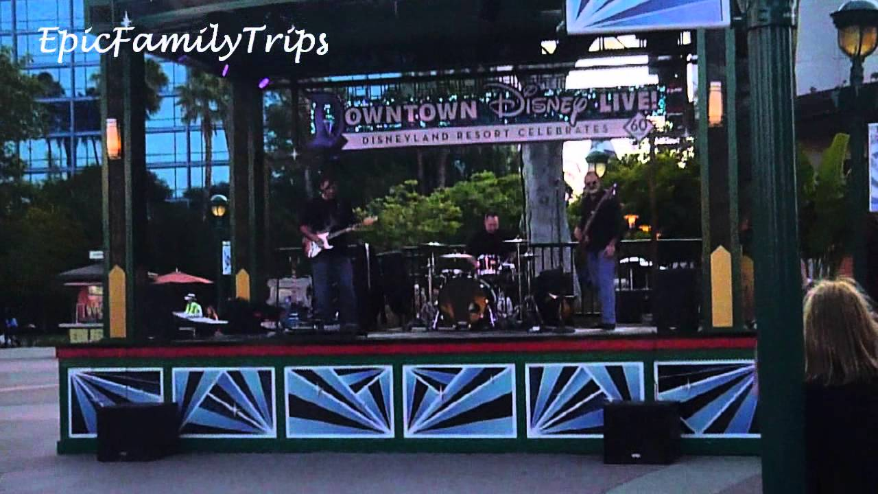 trip to disneyland may 2015 day 1 downtown disney eating at the rainforest cafe - Flat Panel Cafe 2015