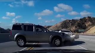 Смотреть видео ДТП аварии 2018 (Выпуск 4) онлайн
