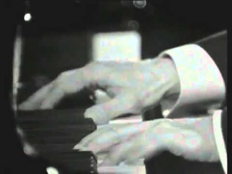 Claudio Arrau - Beethoven - Piano Sonata No 13 in E-flat major, Op 27, No 1