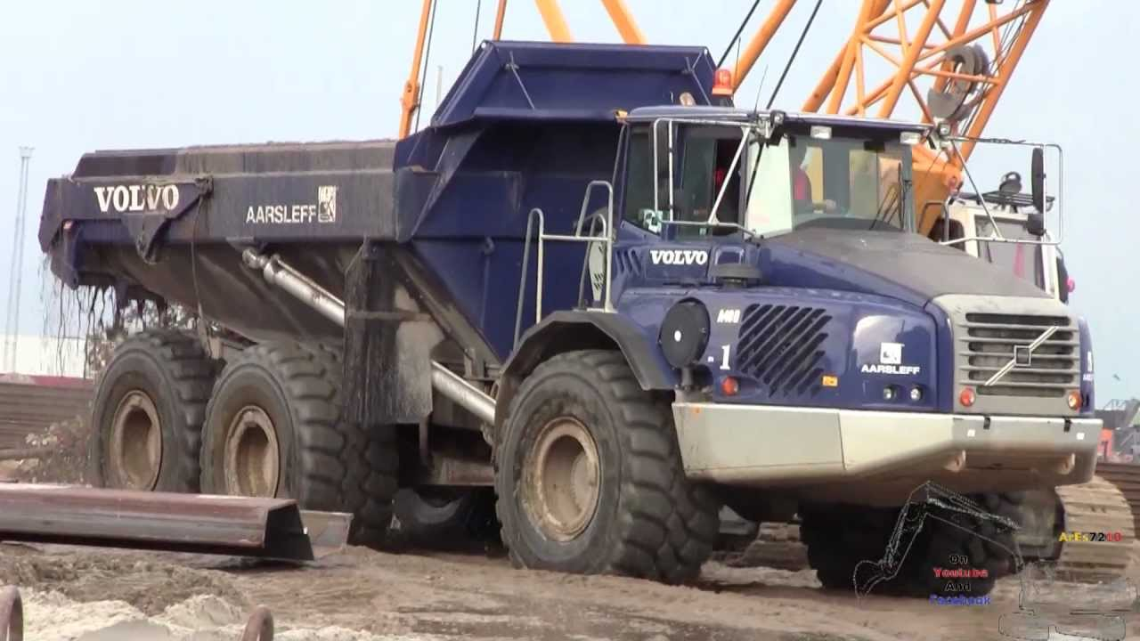 The Blue Volvo A40d Anniversary Adt Dumping The Harbour
