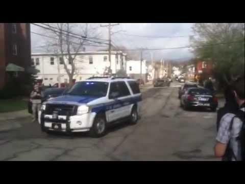 Raw video: Boston bomber manhunt in Watertown, Mass.