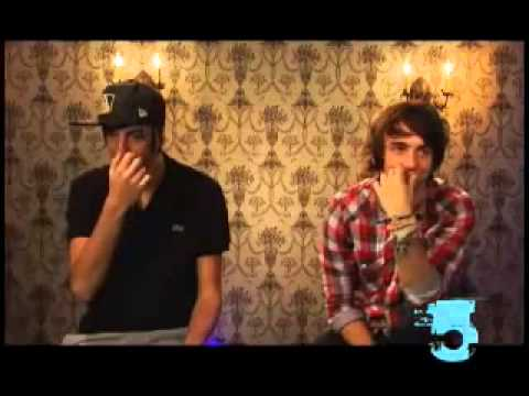 Are Alex Gaskarth and Jack Barakat Compatible? Spring Fever On Buzznet
