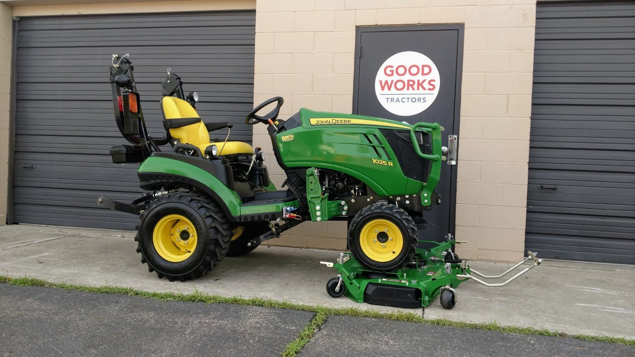How To Remove & Reinstall A John Deere 1025r AutoConnect Deck