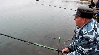 Рыбаки спасаются от коронавируса. 1 апреля 2020г. р.Урал
