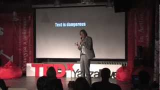 TEDxYauzaRiver - Hans Wolbers - Visual Language and how to Find the Right Toilet