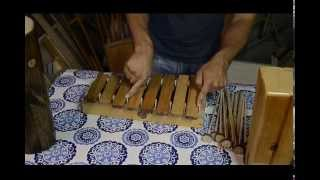 How to make a simple xylophone