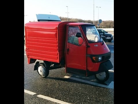 Piaggio Ape 50 on the road!