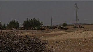 Турция в Сирии бомбит позиции курдов